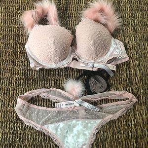 Victoria's Secret bra panty set 36 b thong m nwt
